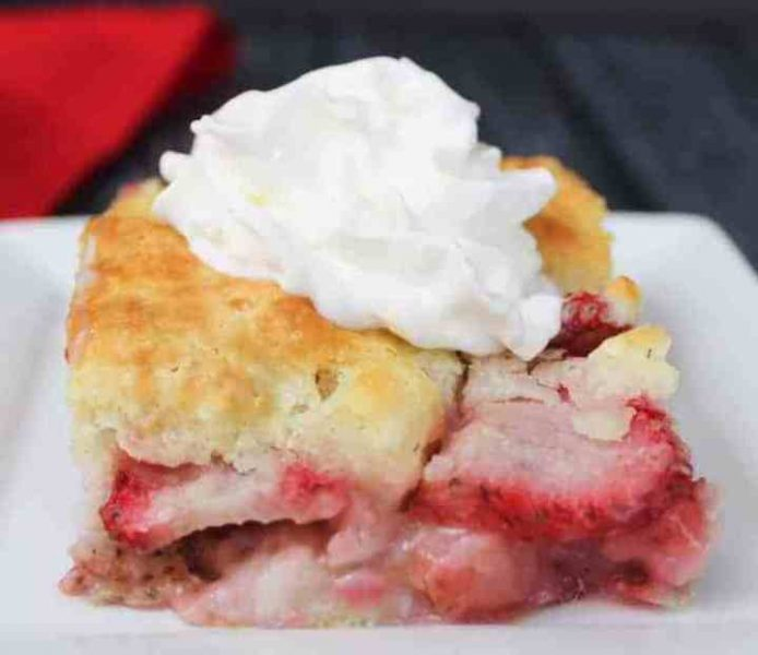 Weight-Watchers-Freestyle-Recipes-Strawberry-Cobbler