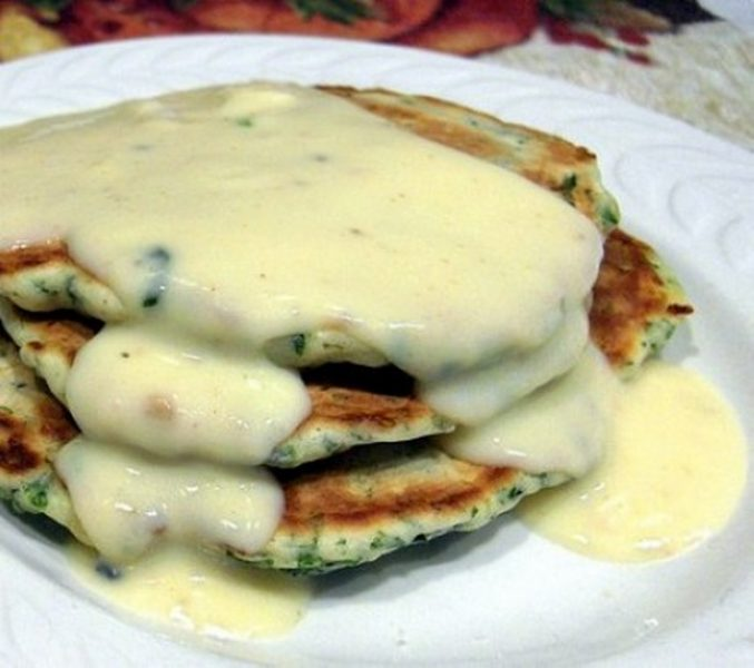 weight-watchers-spinach-cakes-with-gouda-cheese-sauce-recipe